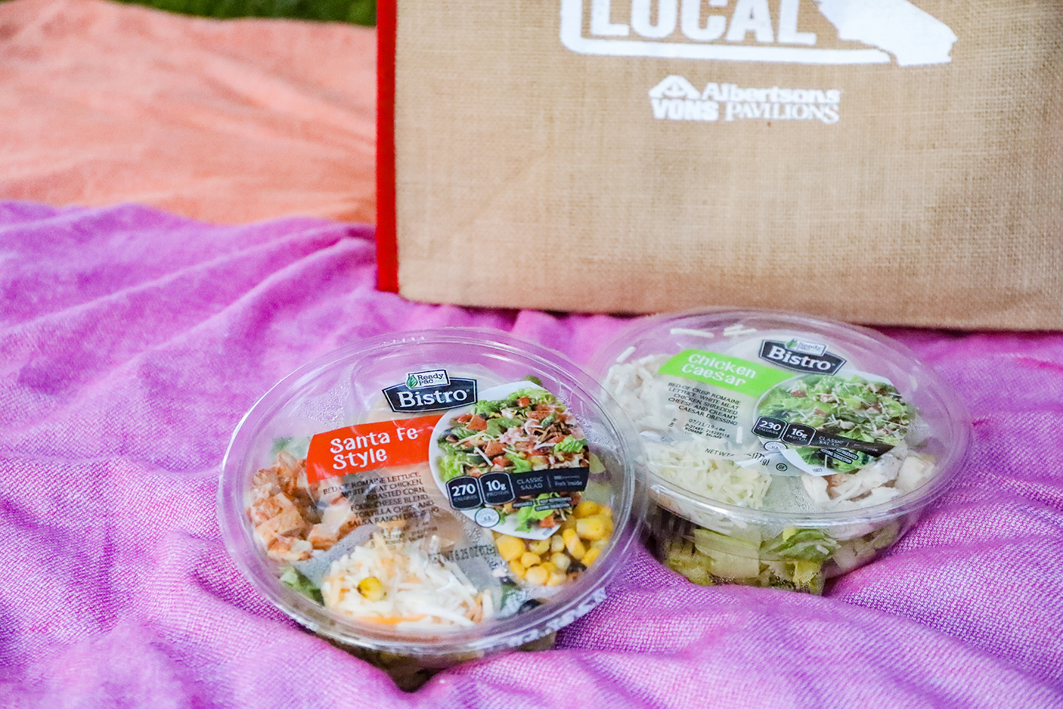 Looking for healthy no prep lunches? I love Ready Pac Food Salads!