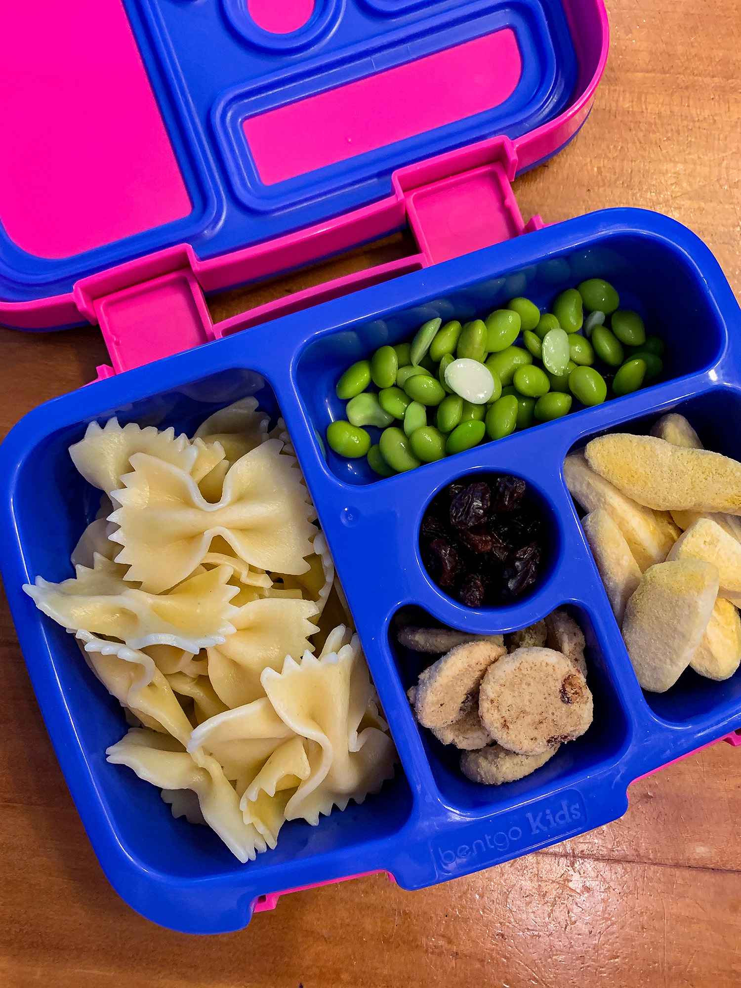 30 Days of Easy School Lunch Ideas (and no repeats): these simple lunch suggestions are PERFECT for busy parents!