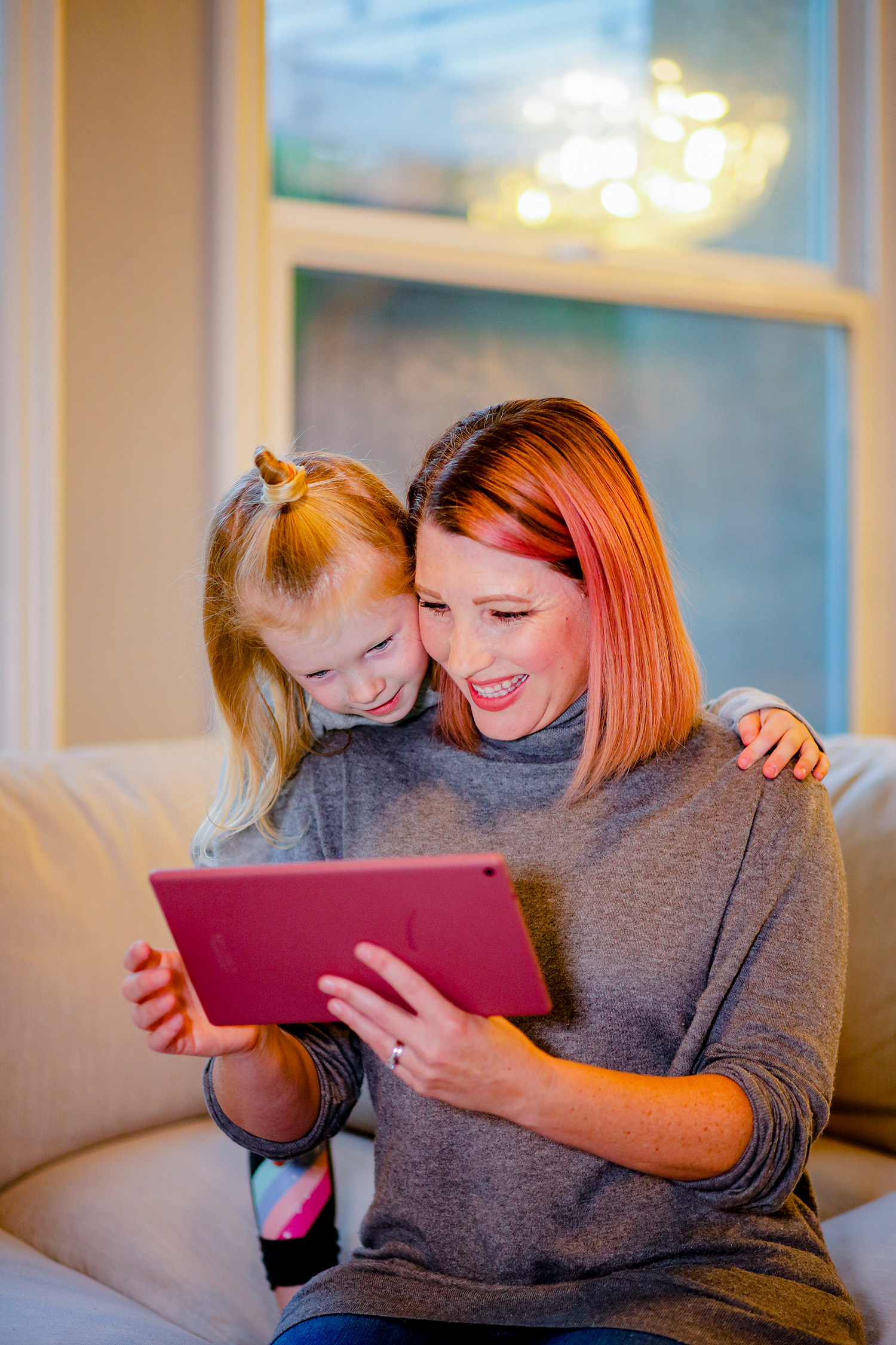 Healthy Screen Time: These tips from a teacher and mom will help you so much during this busy season!