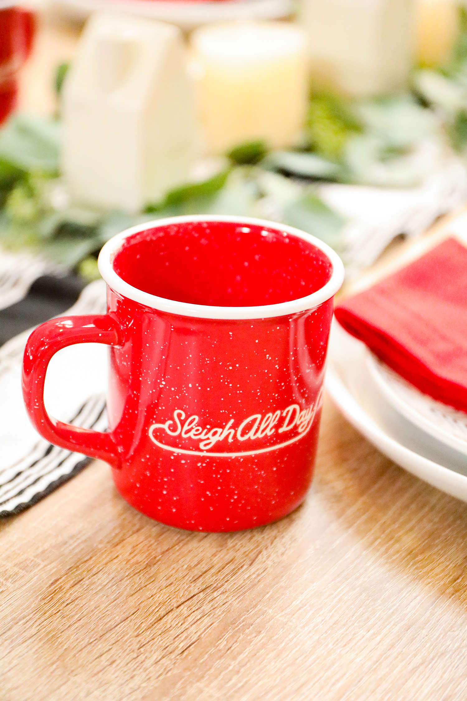 Do you collect Christmas mugs? I love this red cup!