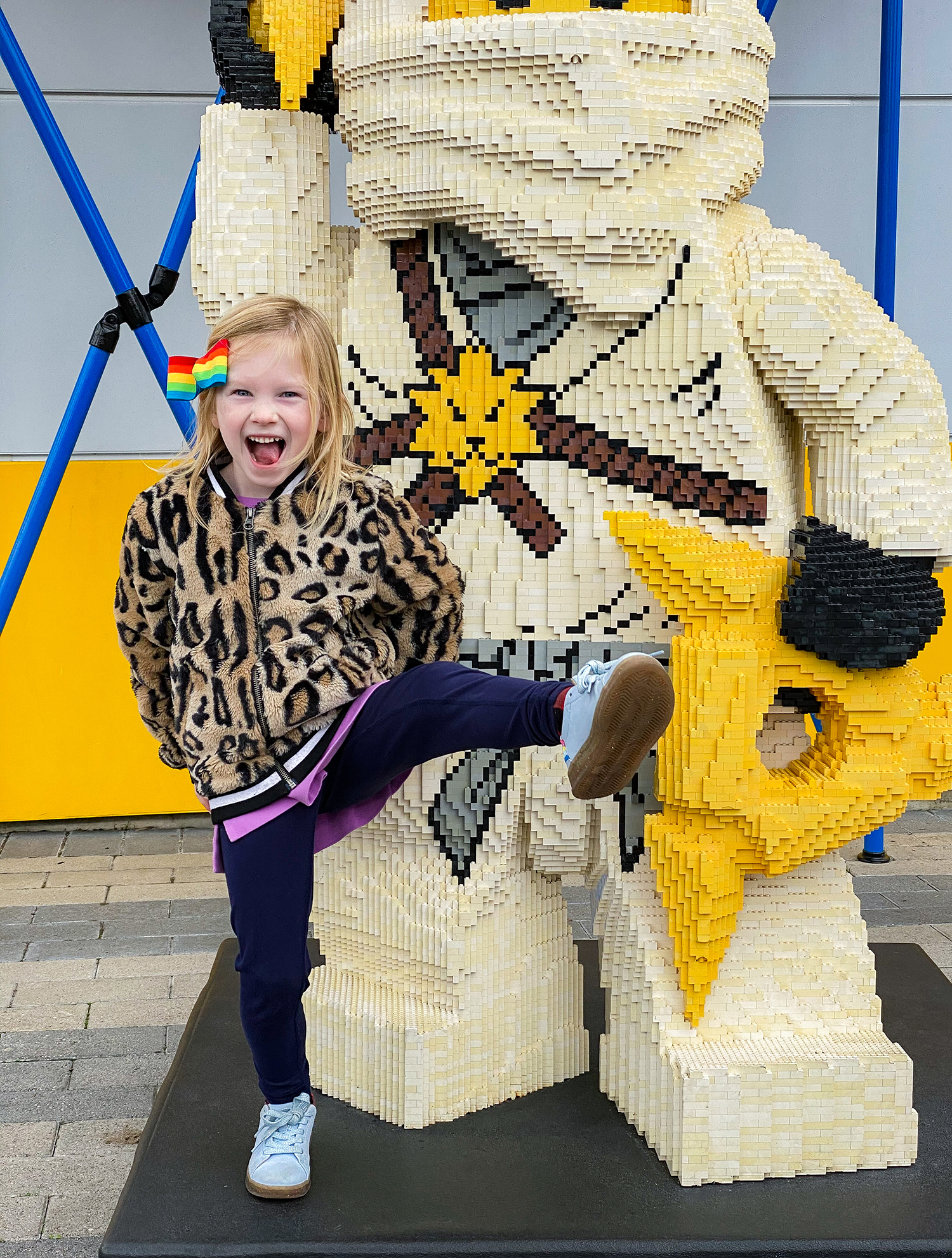 Gearing up for a trip to Legoland? This list is a full guide to the best Legoland California Rides for younger kids!