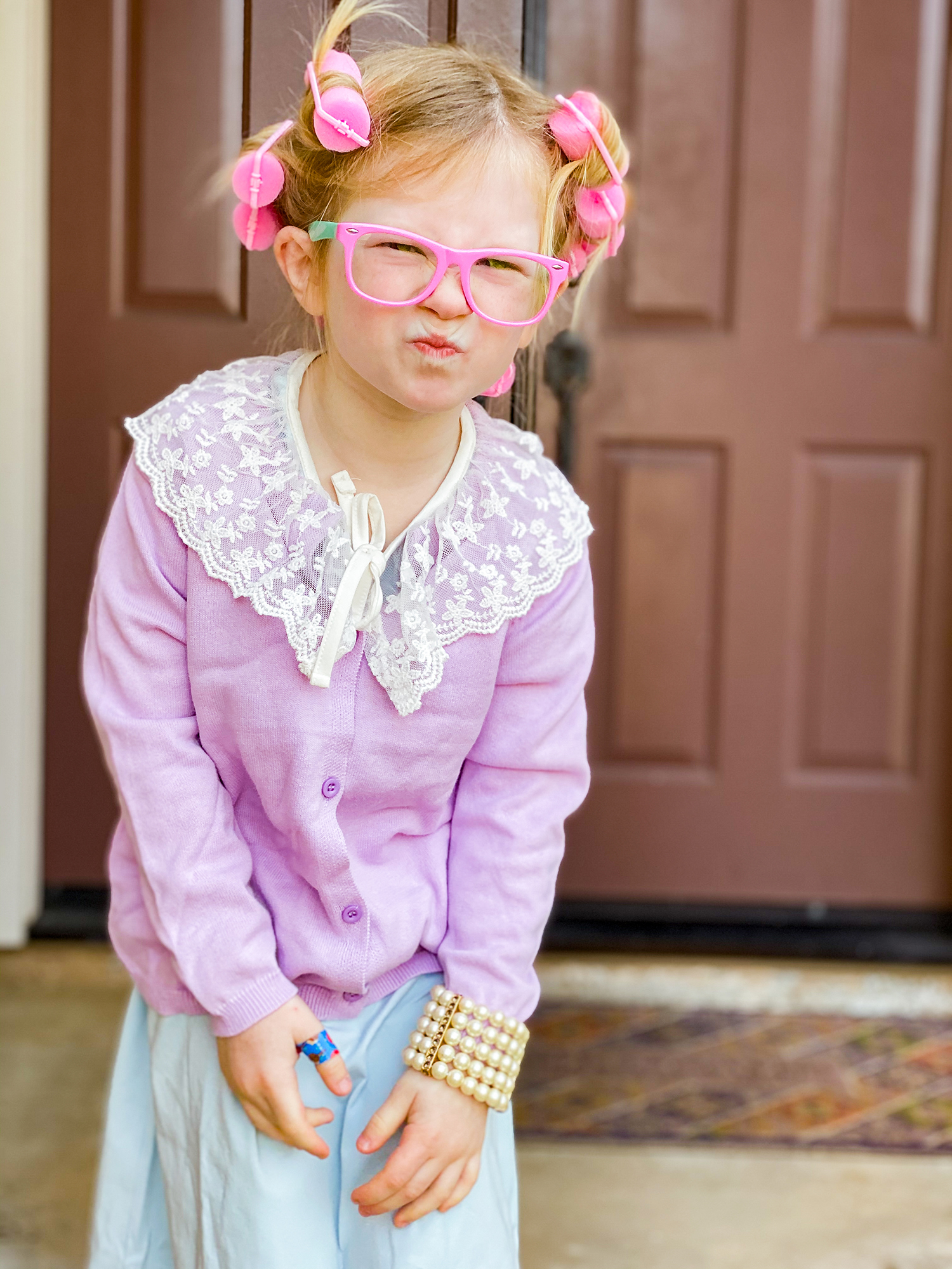Is the 100th day of school approaching? This 100th day of school outfit is easy to put together and the perfect costume to wear to school!