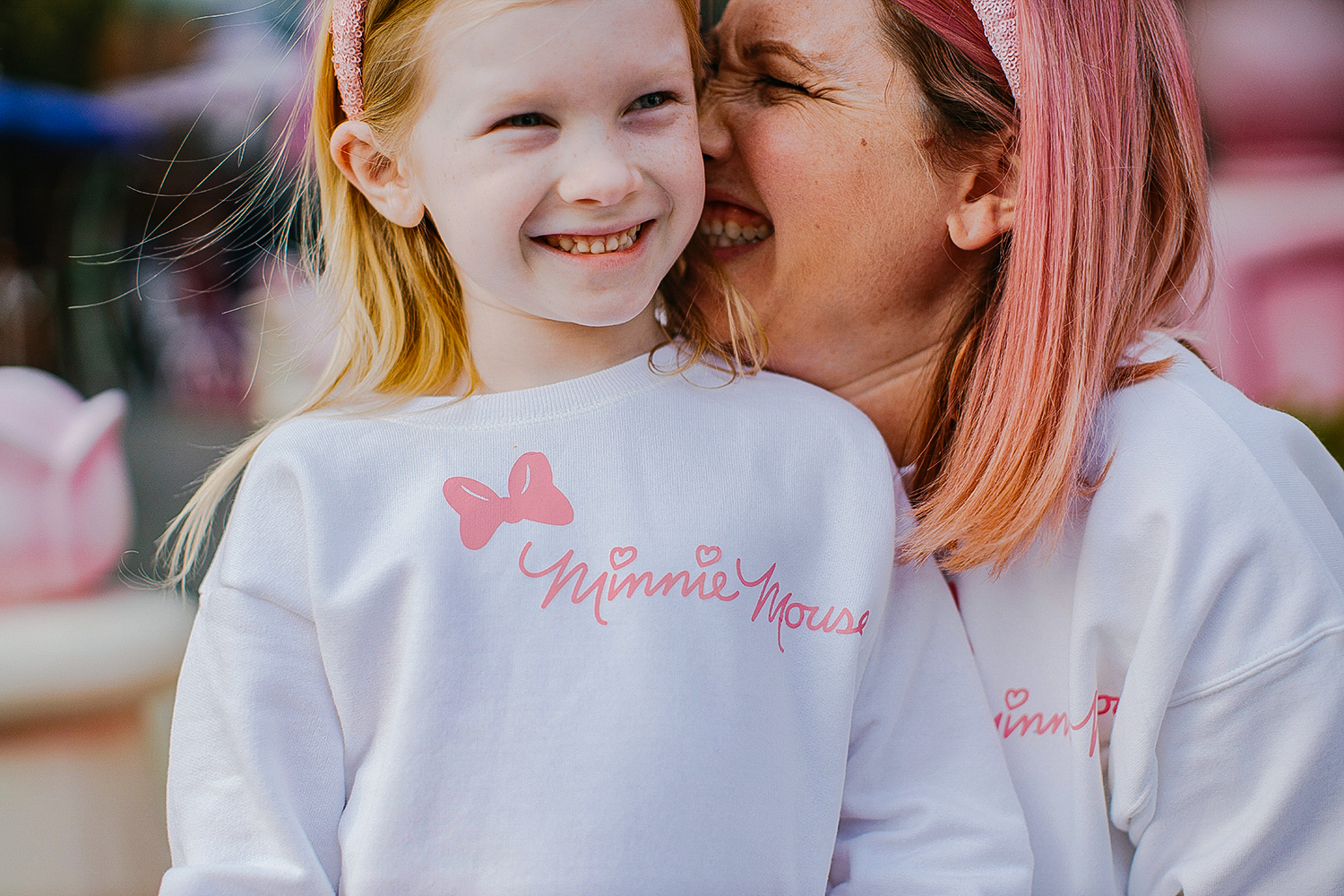 On the hunt for Disneyland Outfits? This DIY Minnie Mouse Sweatshirt is a super easy Cricut Tutorial.