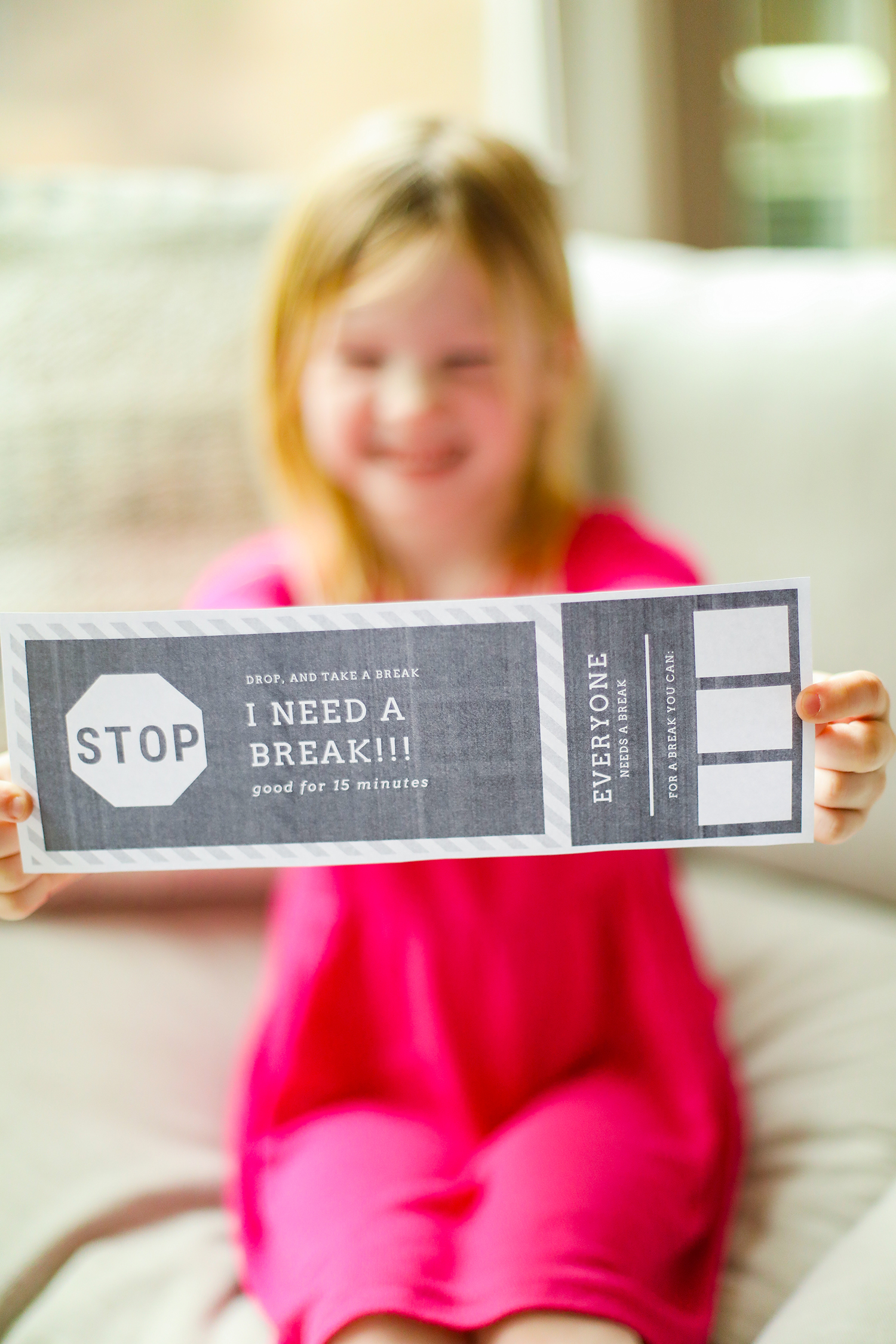 Want tips on how to use break cards? Printable break cards are perfect for home or classroom use + will help your child advocate for their emotional needs!