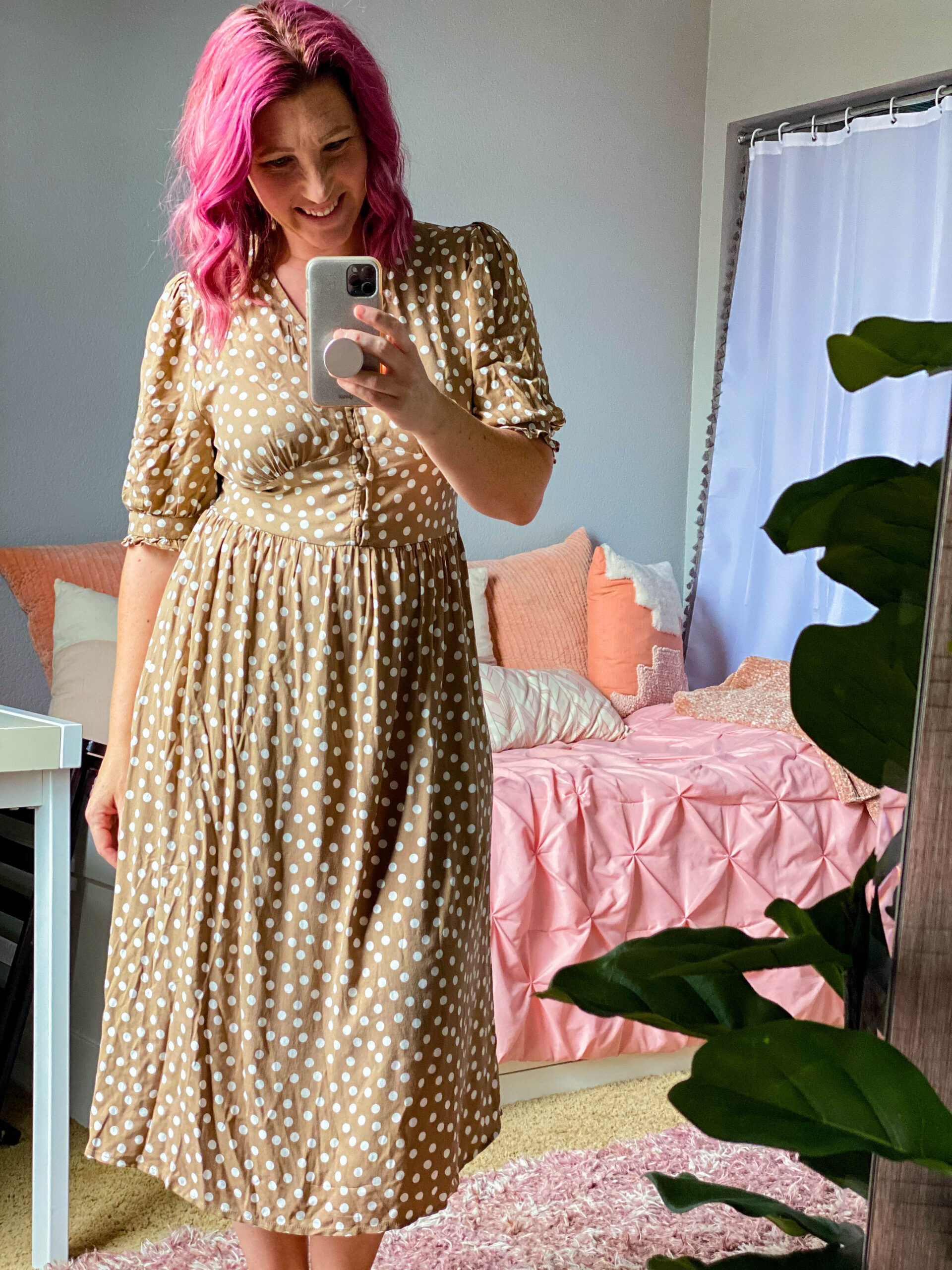 Looking for a great midi sundress? This polka dot one is adorable!
