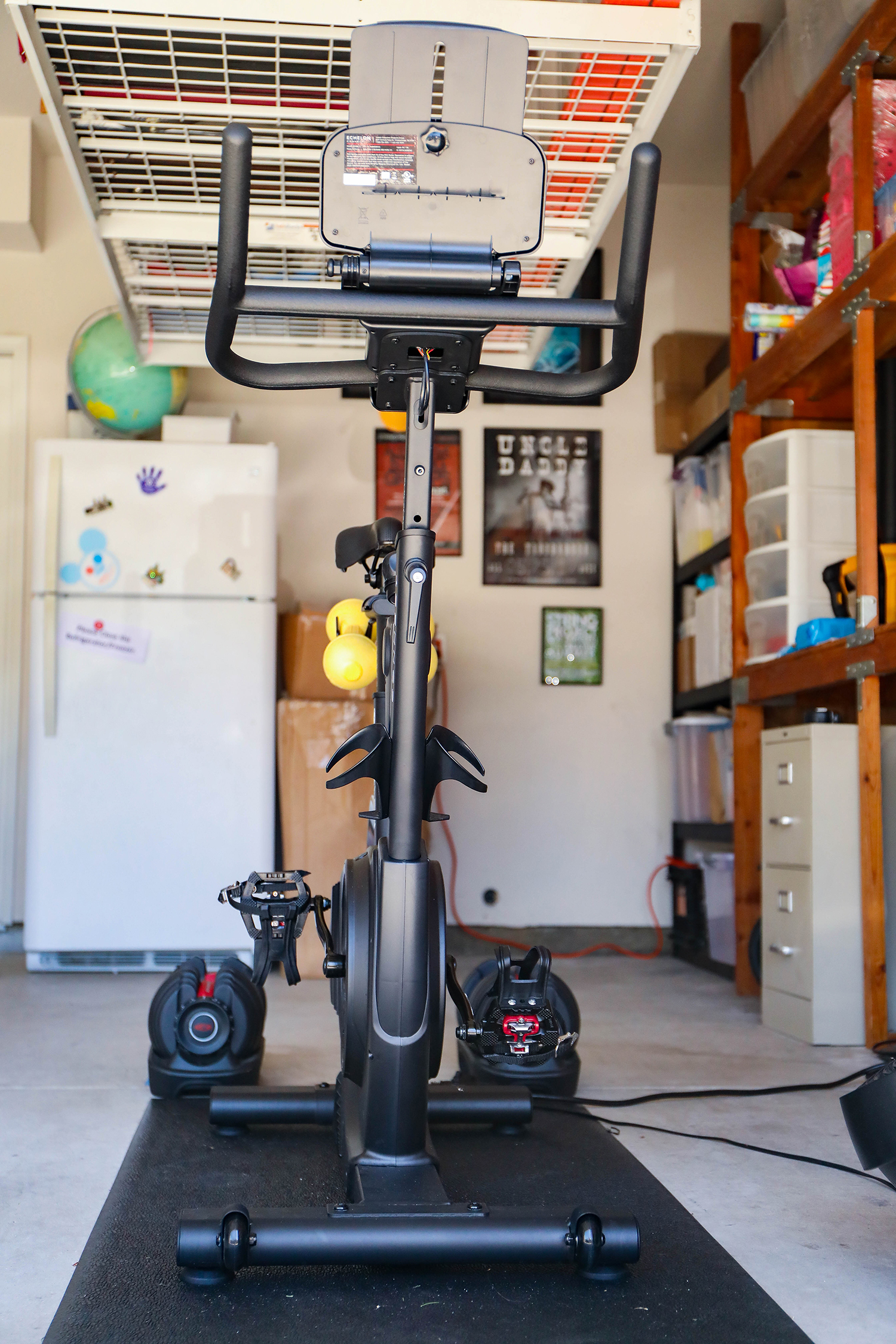 Echelon Bike Review: this bargain spin bike, is it worth the money?!?