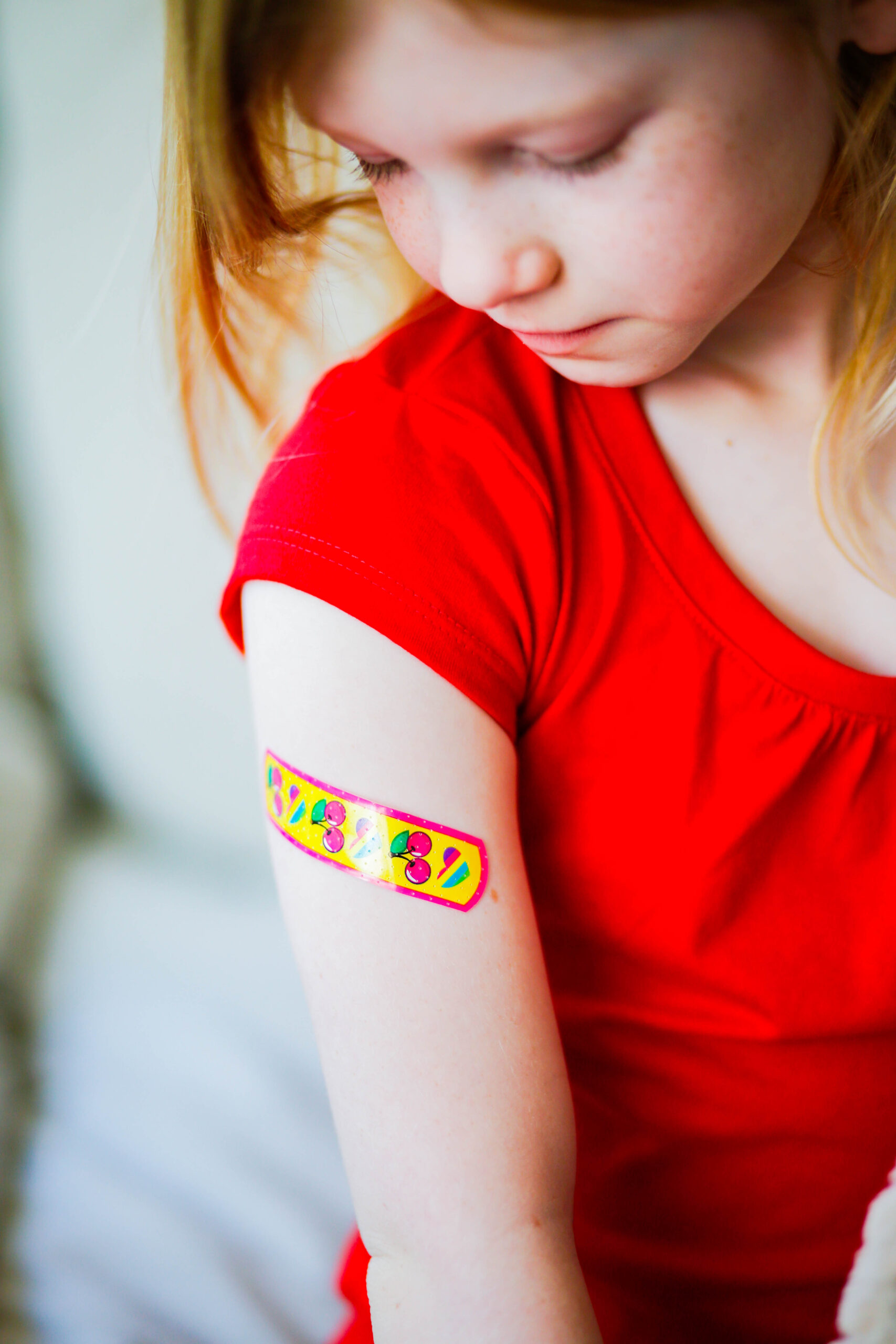 Dealing with a regular childhood fear of shots? I think it happens to....pretty much every kid. Here are some simple tips to make it easier!