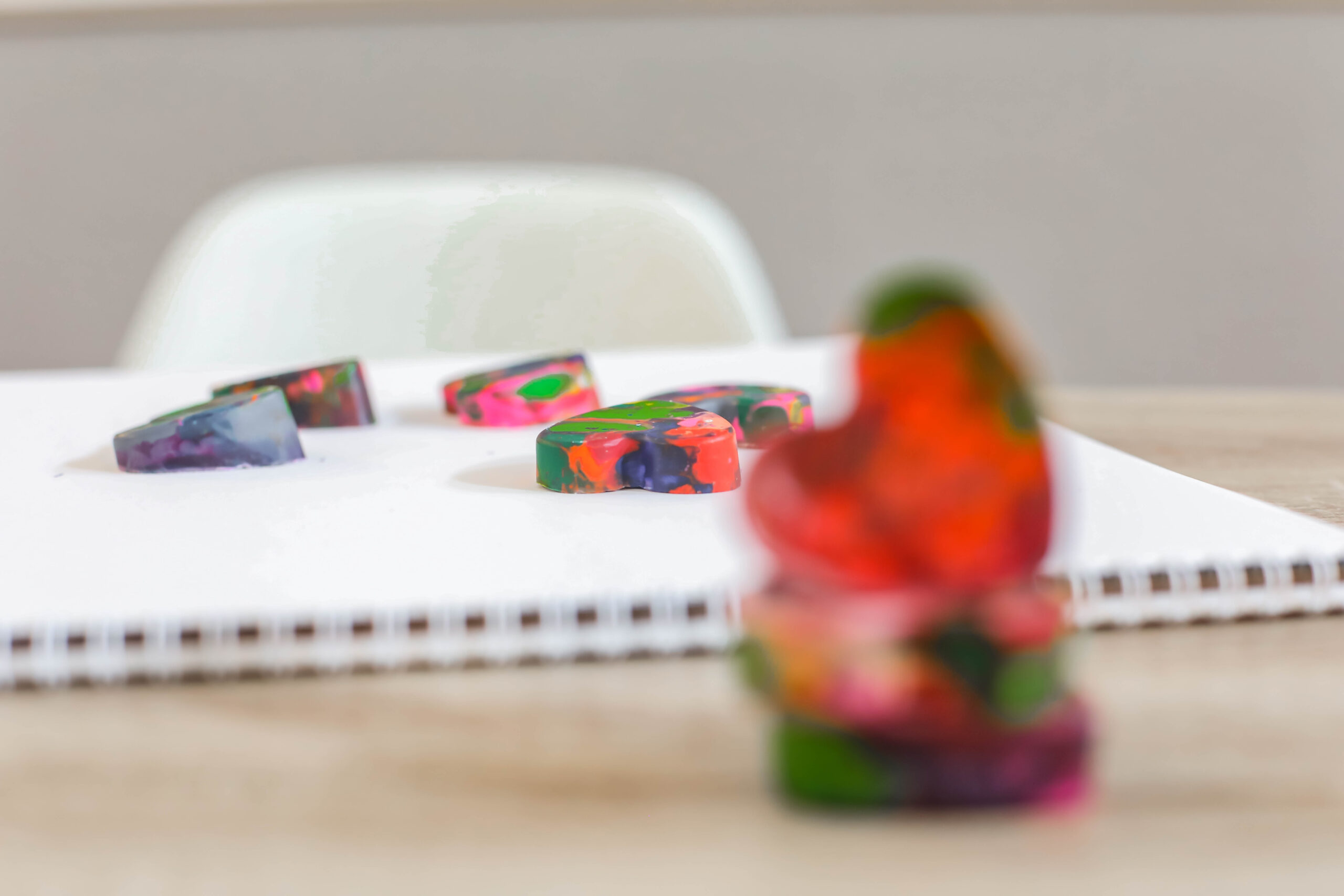 Wondering how to melt crayons? These rainbow crayons are SO easy to make and a ton of fun!