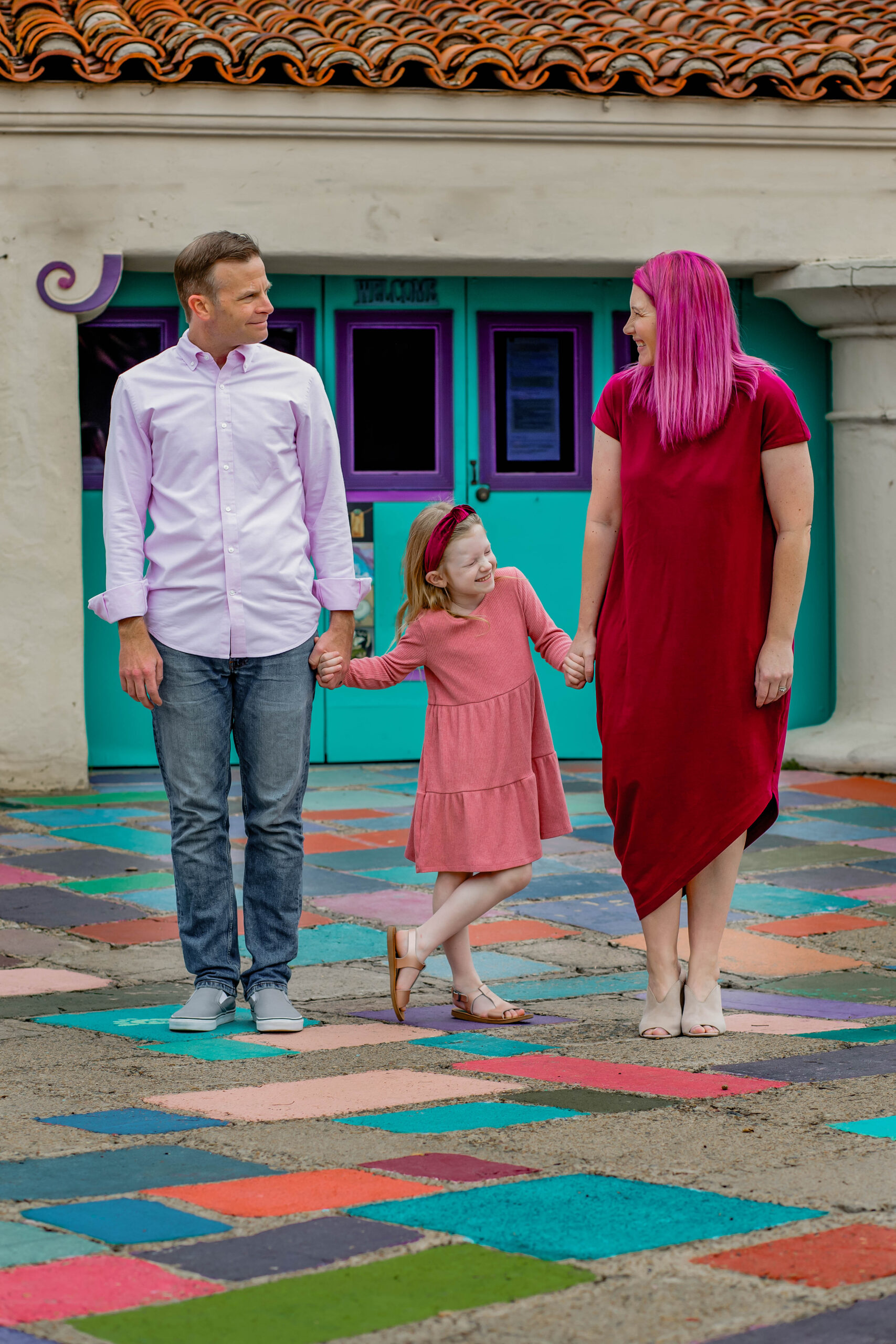 Spring Family Pictures: The Ultimate Guide to picking outfits, locations and making them FUN!