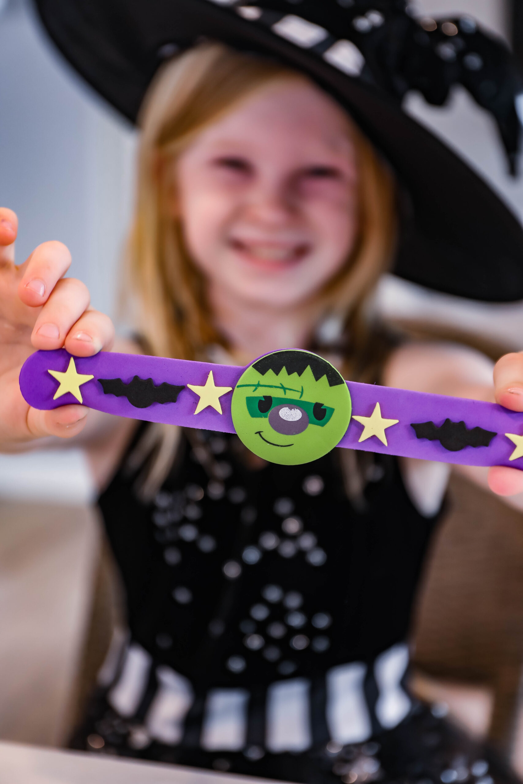 Halloween Party Activities: these crafts and games are perfect for classroom or home parties!